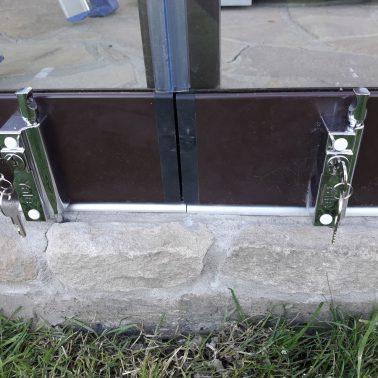 Раздвижная безрамная система Sliding Slim, замок с ключом стык 2х створок