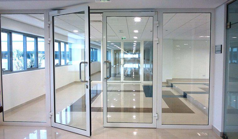 Металлопластиковые двери — входные, межкомнатные, балконные, офисные